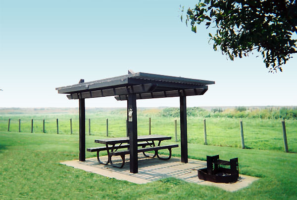 Westgate picnic table